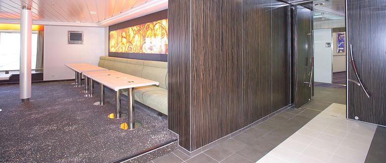Bois d 39 agencement essences rares for Mobilier salle de repos